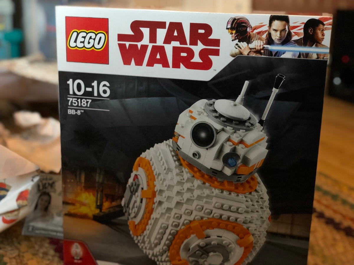 LEGO BB-8 review