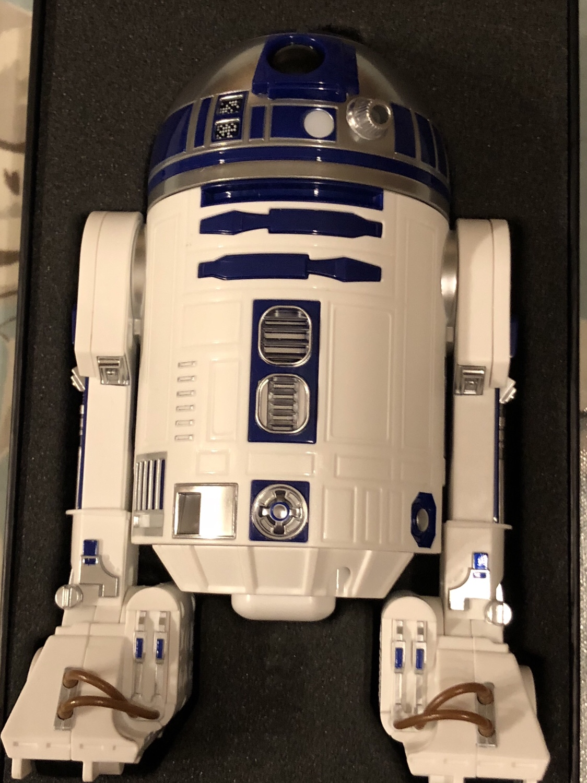 Sphero R2-D2: Initialimpressions
